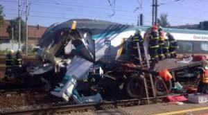 Avaria Novy Jicin Studenka Железнодорожная авария унесла жизни двух человек