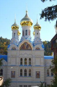 Chram Petra I Pavla Karlovy Vary В православном храме в Карловых Варах закончилась реконструкция
