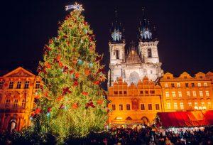 Elka Na Staromake Открытие рождественской елки на Староместской площади в Праге пройдет без торжественной церемонии