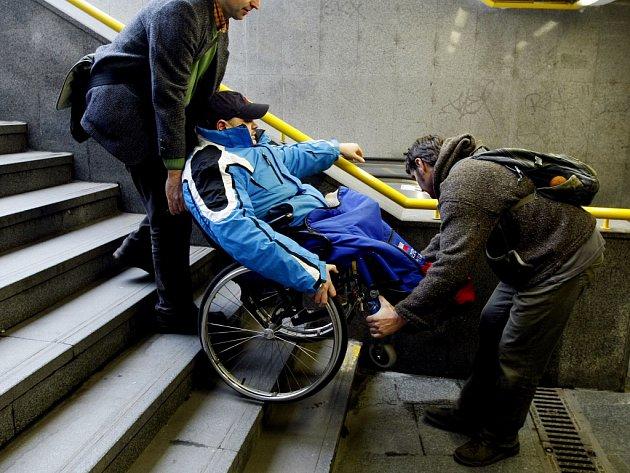Invalid Na Kolaske Для инвалидов, родителей с колясками и пенсионеров создали специальную карту Прага Чехия