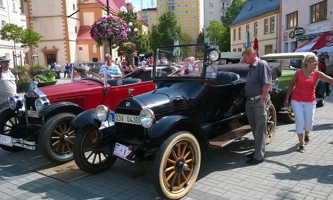 Karlovy Vary Veteran Rally 2016 Новости Чехии автопробег Карловы Вары