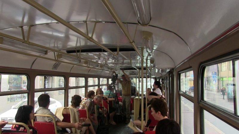 Literatura Tramvaj poezii 2016 «Трамвай поэзии» проехал по историческому центру Праги 26 июня