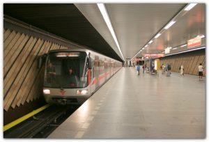 Metro-Praga Florenc Пражское метро на день превратится в рождественскую концертную площадку