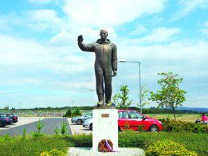 Pamatnik Gagarinu V Chehii Новости Чехии Памятник Гагарину