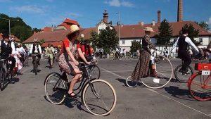 Praha Velosipedy Historicke Zbraslav 2014 Новости Чехии исторические велосипеды