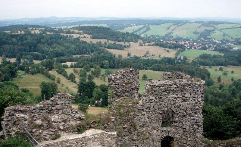 Град Толштейн – романтические развалины в Чешской Швейцарии
