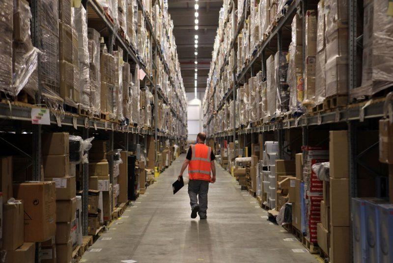 Переговоры о размещении склада Amazon продолжаются