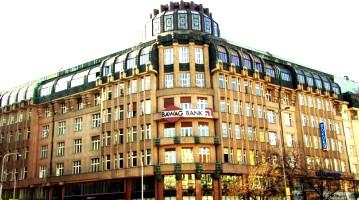 Здание на Вацлавской площади, где расположен ICME