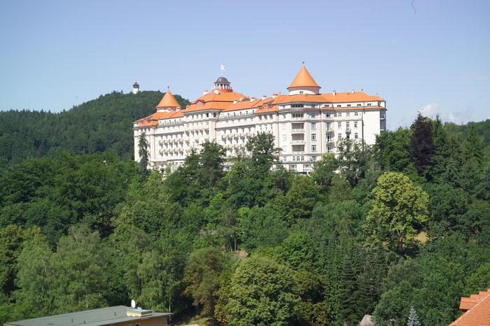 Отелю