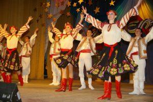 junost moldavskij tanec